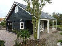 Tuinhuis in combinatie met garage/paardenstal (te strak)