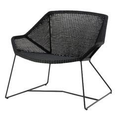 Breeze lounge chair, black, by Cane-line.