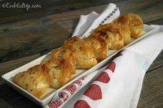 Χατσαπούρι, ένα ακαταμάχητο κασερόψωμο ⋆ Cook Eat Up! Greek Recipes, Baked Potato, Food And Drink, Turkey, Pizza, Meat, Baking, Ethnic Recipes, Cook