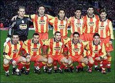 1998-1999KUPALARA AMBARGOFatih Terim yönetiminde üstüste üçüncü kez kazanılan bu şampiyonluğa 34 maçta...