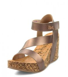531769268d705 Add some style to you summer with the new Blowfish Hapuku women's sandals.  The smooth
