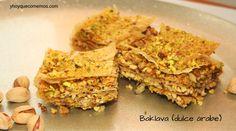 El Baklava es un dulce árabe preparado a base de frutos secos y pasta filo. Es un postre delicioso, al igual que las demás variedades de dulces árabes. Krispie Treats, Rice Krispies, Pasta Filo, Base, Bread, Cookies, Desserts, Recipes, Food