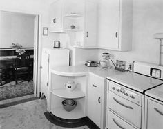 1939 - Shorpy Historical Photo Archive :: Wood Residence Kitchen