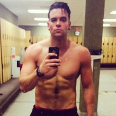 'Glee' Star Mark Salling Allegedly Arrested For Possession Of Child Pornography Mark Salling, Celebrity Selfies, Wednesday Workout, Pretty Men, Male Form, Allegedly, Glee, Candid