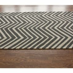 Amazon.com - nuLOOM HJHK04H Heritage Collection Chevron Contemporary Hand Made Area Rug, 5-Feet by 8-Feet, Marquis Orange