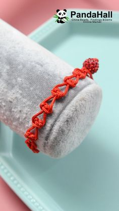 Diy bracelet 39688040454038750 - Red Heart-shaped Bracelet Source by pandahallcom Macrame Bracelet Patterns, Macrame Bracelet Tutorial, Diy Friendship Bracelets Patterns, Macrame Patterns, Diy Bracelets Video, Bracelet Crafts, Jewelry Crafts, Handmade Jewelry, Loom Bracelets