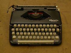 Olympia Splendid 66 vintage typewriter