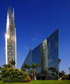 Crystal Cathedral, Garden Grove, Orange, California, designed by American Institute of Architects' gold-medal winner, Philip Johnson, with his partner, John Burgee.  The cathedral is on the right.  To the left is the Prayer Spire.  photo:  Hatem Wagih