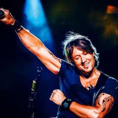 Checkout this photo from the Keith Urban app.