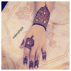 #henna #hena #mehendi #dubai #mydubai #artist #tattoo #tatoo #patterns #hudabeauty #girls #cute #love