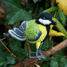 Great Tit amigurumi crochet pattern by MieksCreaties
