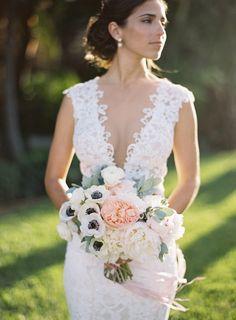50 vestidos com decotes extraordinários | Mariée: Inspiração para Noivas e Casamentos