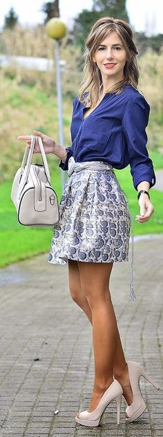 Tapestry Print Skirt...Beautiful skirt...I could really rock this