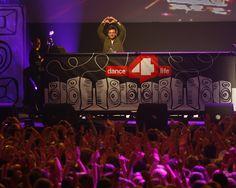 Fedde le Grand op het dance4life event 2011.