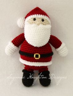 Crochet Santa pattern by Suzanne Houghton
