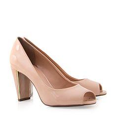 e4524df5f7 As 85 melhores imagens em Calçado | Fashion shoes, Shoe boots e ...