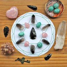 Free crystal grid template for letting go of an old relations ship and moving on from your Ex. #crystalgrid #chakras