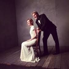 My Harrison and his stick at the Vanity Fair Oscar Party Celebrity Portraits, Celebrity Pictures, Harrison Ford Wife, Annie Leibovitz Portraits, The Devil's Own, Indiana Jones Films, Mark Seliger, Star Wars Film, Ford Fusion