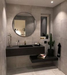 Round mirrors for bathroom with lighting dan granite wall Luxury Master Bathrooms, Bathroom Design Luxury, Rustic Bathrooms, Modern Bathroom Design, Minimal Bathroom, Cozy Bathroom, Small Bathroom, French Bathroom, Rustic Toilets