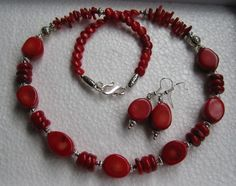 Red coral necklace, bracelet and earrings