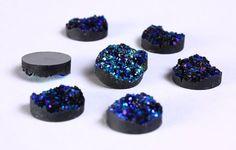 8 Cabochons ronds de couleur turquoise vert et bleu en résine 12mm 8pcs (838)