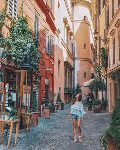 """2,023 Me gusta, 52 comentarios - Katerina Stavreva (@katerinastavreva) en Instagram: """"My new favorite city - #Rome #Italy"""""""