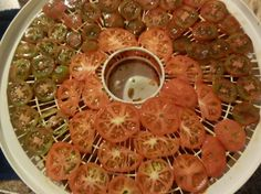 A Life Beyond Money: Dehydrated Tomatoes, or...the best way to preserve...