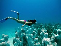 Under water sculptures