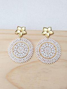 Beaded Earrings Patterns, Peyote Stitch, Brick Stitch, Indian Fashion, Diy, Bling, Beads, Accessories, Jewelry