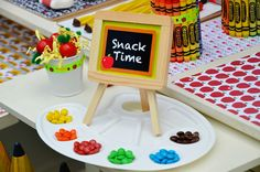 Crissy's Crafts: Cute way to serve snacks at a back to school party - can use the mixing trays later on in school