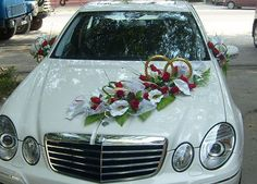 Ideas para Decorar los coches de boda . La decoración del coche de la boda agregan toque encantador a su vehículo de la boda. Cinta Coche de...