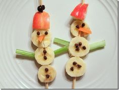 Making this for when the boys wake from their naps...Snowmen Snacks