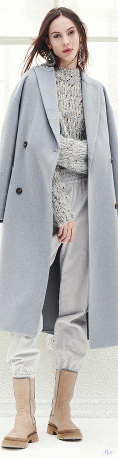 Fall 2021 RTW Brunello Cucinelli Capes, Bruno Cucinelli, Couture Fashion, Fashion Show, Power Dressing, Knitwear, Ready To Wear, Autumn Fashion, Fall Winter