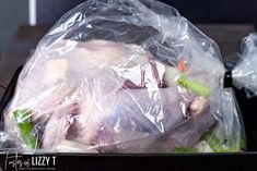Get a perfectly moist, golden brown turkey by cooking the turkey in a bag. Everything you need to know for seasoning and cooking turkey. Best Thanksgiving Turkey Recipe, Thanksgiving Dinner Menu, Thanksgiving Stuffing, Thanksgiving 2020, Turkey In A Bag, Turkey Prep, Best Roasted Turkey, Baked Turkey, How Much Turkey