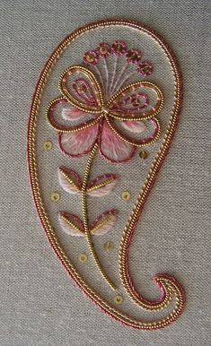 Paisley Embroidery, Tambour Embroidery, Hand Work Embroidery, Gold Embroidery, Embroidery Fashion, Hand Embroidery Designs, Embroidery Stitches, Embroidery Patterns, Crewel Embroidery