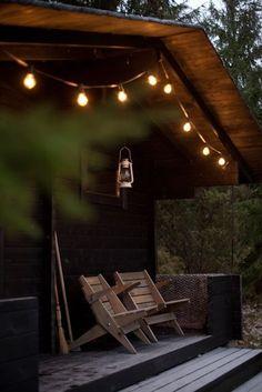 Cabin deck lights via Vihreä Talo Outdoor Spaces, Outdoor Living, Outdoor Decor, Outdoor Chairs, Porch Chairs, Haus Am See, Little Cabin, Cabins And Cottages, Garden Cottage