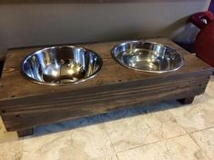 Pallet Dog Bowl Stand Plans | Just DOGS! :)
