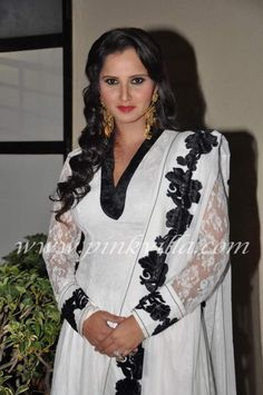 Sania Mirza walks the ramp at the Global Peace Initiative 'Walk for Peace' | PINKVILLA