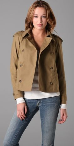 Cropped trench coat? Yea, sure!