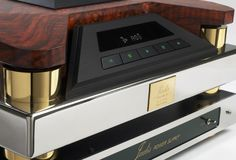 Jadis JD1 CD Player High End Speakers, High End Audio, The Absolute Sound, Car Audio Systems, Hi End, Audio Room, Home Technology, Boombox, Electronic Devices