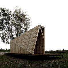 Casa de Verão / Khachaturian Architects