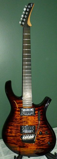 Parker Maxx Fly PDF100QVSB Electric Guitar Vintage Sunburst Quilt Top w Gig Bag | eBay