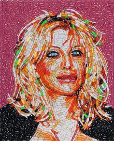 Jason Mecier - Courtney Love portrait made out of pills Junk Art, Courtney Love Hole, Mosaic Portrait, Portrait Art, Trash Art, Collage Making, Unusual Art, Celebrity Portraits, Recycled Art