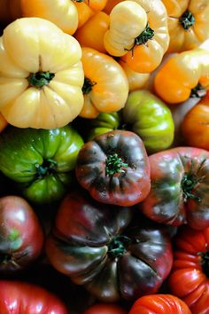 summertime & texas heirloom tomatoes…Photographer:  Debra Small,  2013 © debora smail