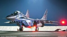 The Aviationist » Impressive photos of the Polish Air Force MiG-29 Fulcrum Night Operations at Minsk Mazowiecki