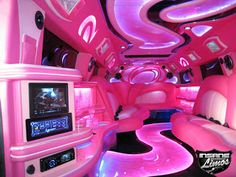 Hummer Limousine Pink, oh hey hey now!,,So Way awesome. Limousine Hummer, Hummer Limo, Location Limousine, Pink Love, Pretty In Pink, Sketch Video, Pink Car Interior, Bus Interior, Japan Interior