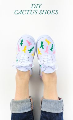 An easy peasy tutorial for how to make these DIY Iron-On Cactus Shoes in less than an hour!