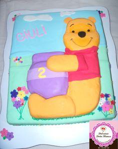 Winnie Pooh Cake.