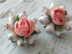 Vintage Seashell Brooches & Jewelry / FINE SHELL ART BLOG