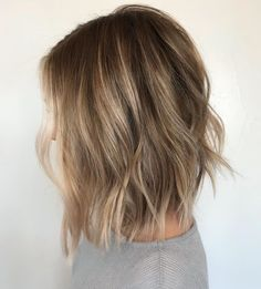 50 Gorgeous Wavy Bob Hairstyles with an Extra Touch of Femininity - 50 Gorgeous Wavy Bob Hairstyles with an Extra Touch of Femininity Choppy Dark Blonde Bob With Subtle Highlights Dark Blonde Bobs, Dark Blonde Balayage, Dark Blonde Highlights, Blonde Wavy Hair, Natural Wavy Hair, Hair Highlights, Subtle Highlights, Balayage Long Bob, Blonde Highlights Bob Haircut